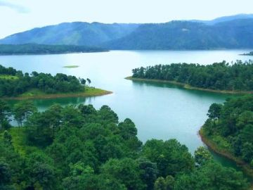 Meghalaya 4 Person With 2 Star