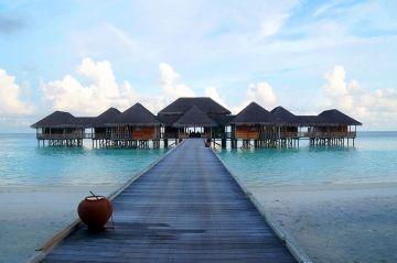 4 Nights and 5 Days Maldives Honeymoon trip