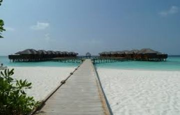 4 Nights and 5 Days Maldives Honeymoon trip