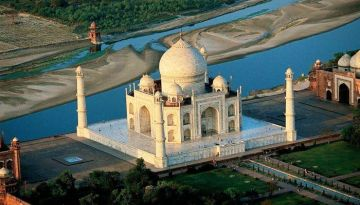 Short Trip to Agra