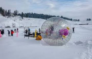 Family Packege with Incredible Manali