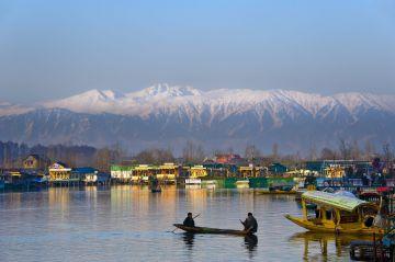 Fascinating Kashmir @10999/- PER PERSON
