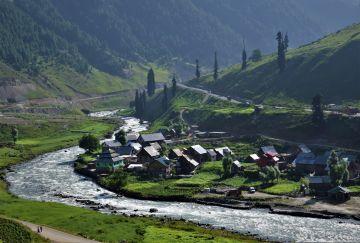 Kashmir 6 Days Tour Package