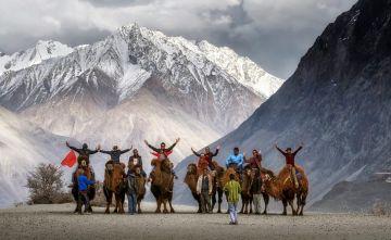 Srinagar with Magical Ladakh