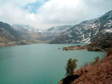 06 DAYS GANGTOK AND DARJEELING HOLIDAY PACKAGE