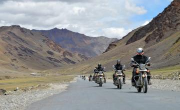 Fly High kashmir Bike Tour