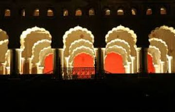 orchha & Chanderi tour package