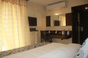 Hotel Golden Tree Puri