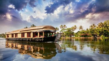 Kerala 2 Nights 3 Days XTKL10