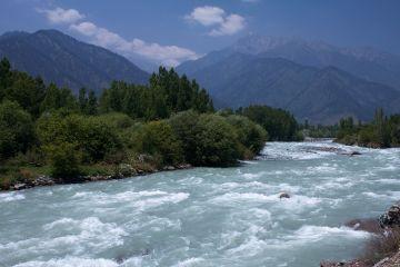 Charishmatic Kashmir