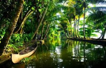 Kerala Family Vacation 5 N / 6 D