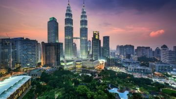 LOVELY MALAYSIA CALLING - CHEAPEST 4 DAYS TOUR- KL & GEN