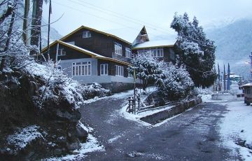 Lachung - Yumthung Tour