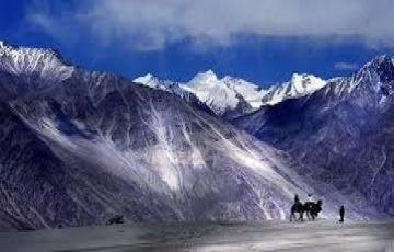 leh ladakh Tour by Road
