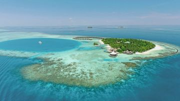 Maldives Travel Package 4N/5D