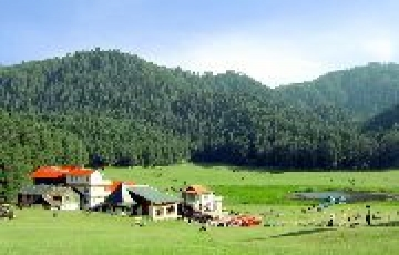 Dharamshala & Dalhousie Tour  by Cab from Delhi