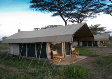 7 Days & 6 Nights Lodge and Camping Safari