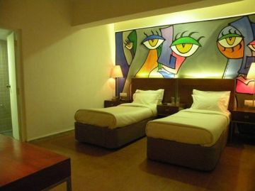 3N/4D 4 friends package with sightseeing  one luxury room