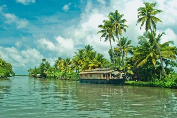Short Escape to Kerala Houseboat Experience Land Only