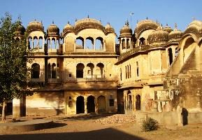 Nawalgarh Tour Packages