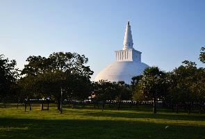 Places to visit in Anuradhapura in Sri Lanka