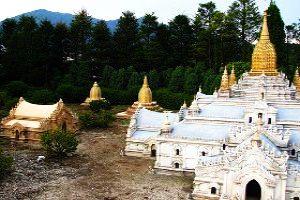 Ananda Temple: Bagan