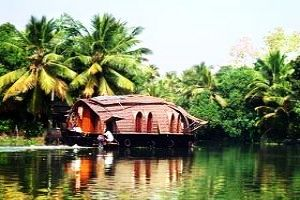 Kerala with its Ayurveda and Backwaters