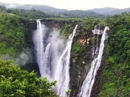 Best places to see waterfalls in India