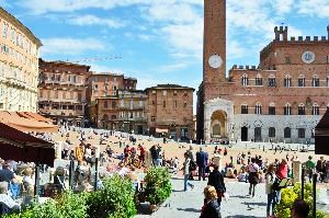 Siena Tour Packages
