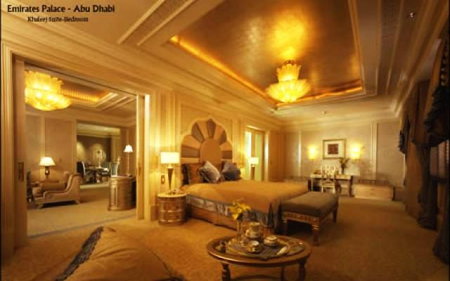 A Visit To Emirate Palace Dubai United Arab Emirates