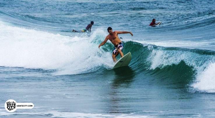 international-kovalam-surfing-768x420_1481280419p1.jpg