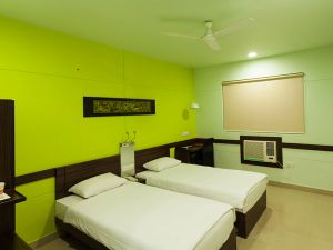 Hotels Near Jaipur Railway Station