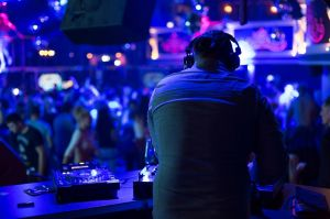 Looking For A Perfect Nightlife In Delhi We Got Your Cover