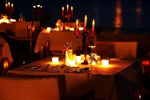 5 Places For a Romantic Candlelight Dinner In Pune