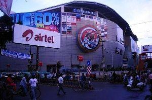 Z Square Mall_1464866615u90_1494416427s100.jpg