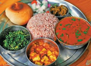 Make Your Kullu Trip Comforting With These Hot And Spicy Local Food Items