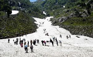 Intensive Tourism Campaign To Promote Tourism In J&K State