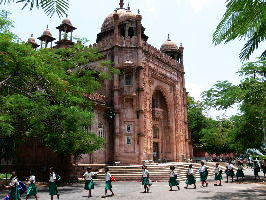 5 museums you should visit in Chennai