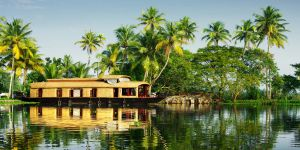 9 Must-See Tourist Places in Kerala