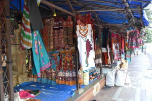 Ahmedabad Shopping guide - 5 the must visit shopping places in Ahmedabad for all budgets