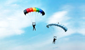 Places To Enjoy Paragliding In India