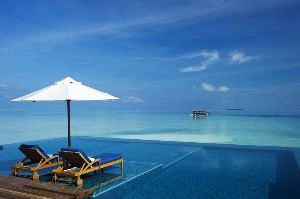 13  Ravishing infinity pools in the world that will make you visit that country