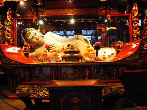 Finding Solace In The Buddhist Temples In China