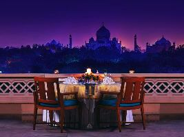 Best Heritage properties to Visit Near Agra