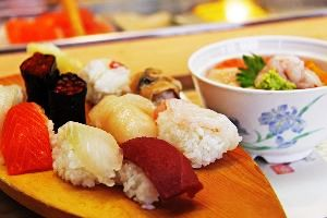 Food Lovers Here You Can Have An Authentic Cuisine In Budget