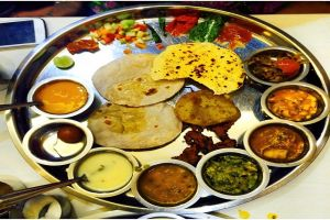 Foods of Ahmedabad - 5 dishes of Gujarati cuisine that you must try when you visit Ahmedabad
