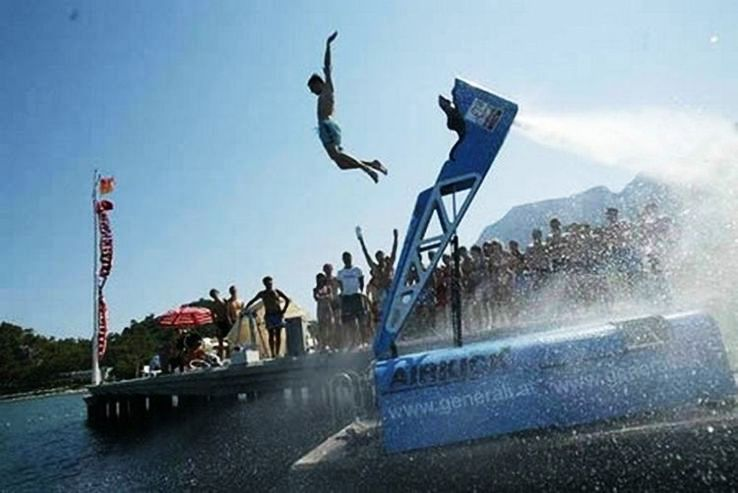 Weird Sports Around The World Adrenalin Gushing High In Veins
