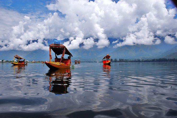 Places To Visit Near Srinagar Airport