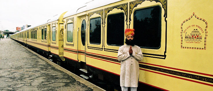 The luxurious train journey from Delhi to Jaipur