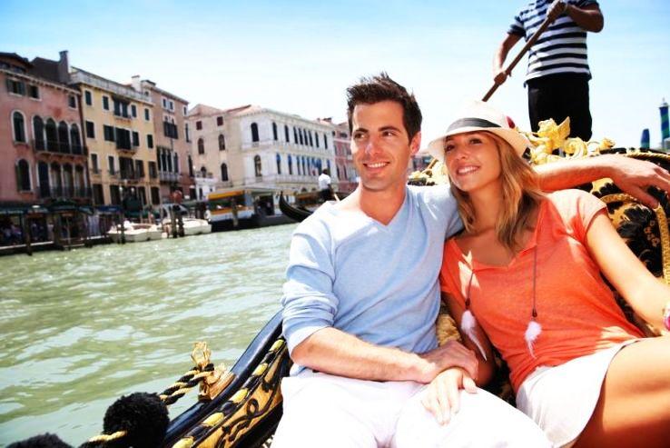 Italy's Most Romantic Honeymoon Destinations To Kickstart Your Love Life
